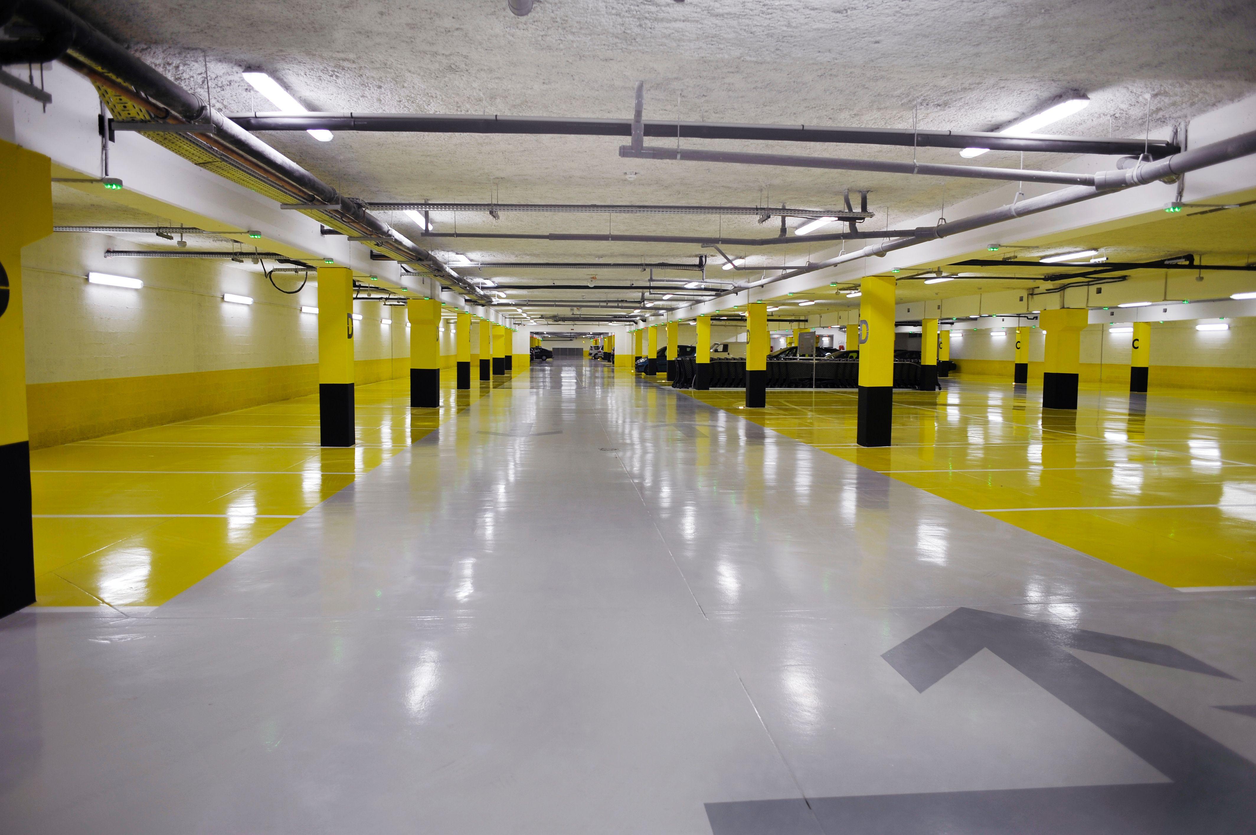 Limpiezas de parking y subterráneos: Servicios de Limpiezas Unika
