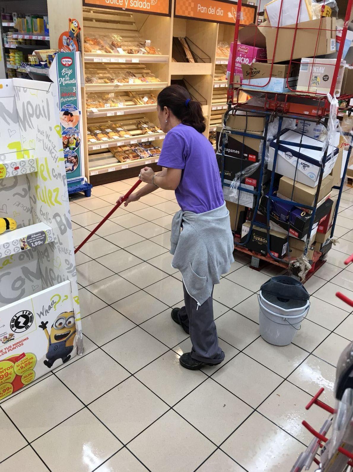 Foto 3 de Limpiezas en Jerez de la Frontera   Limpiezas Unika