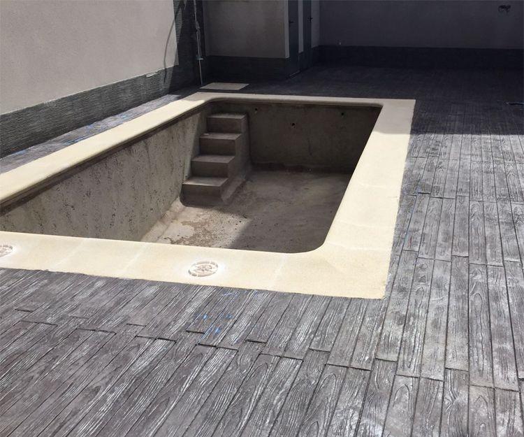 Pavimentos para zona de piscina