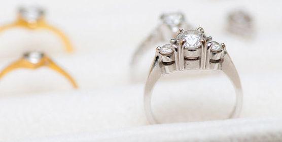 Tasamos sus joyas sin compromiso