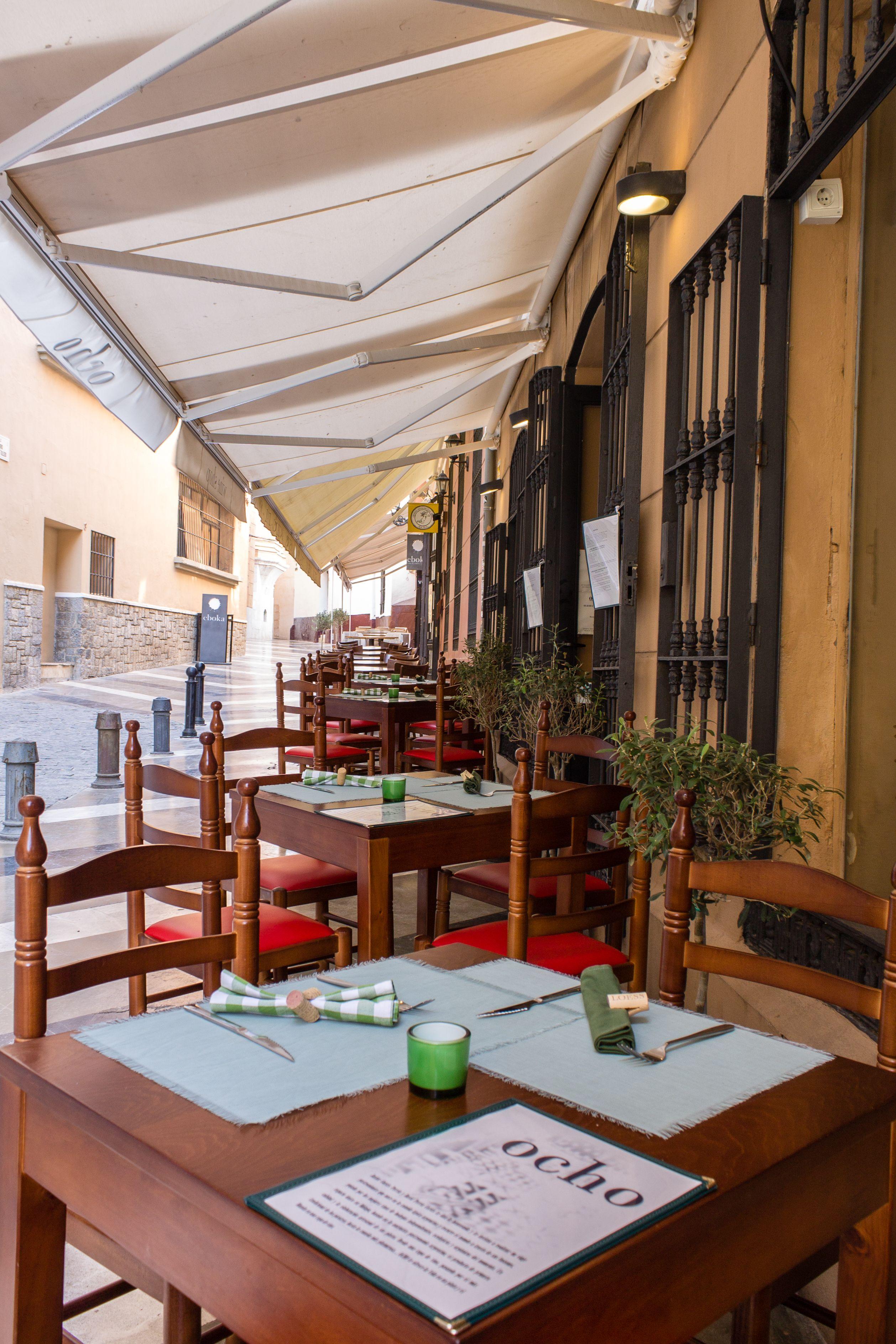 Zona de terraza del Restaurante Ocho