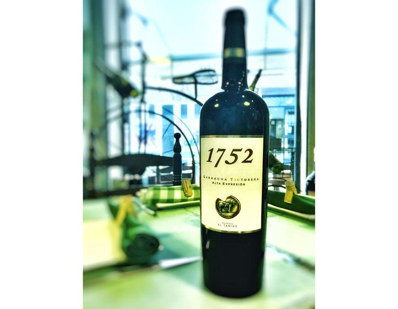 Vino 1752 en nuestro restaurante argentino en Málaga