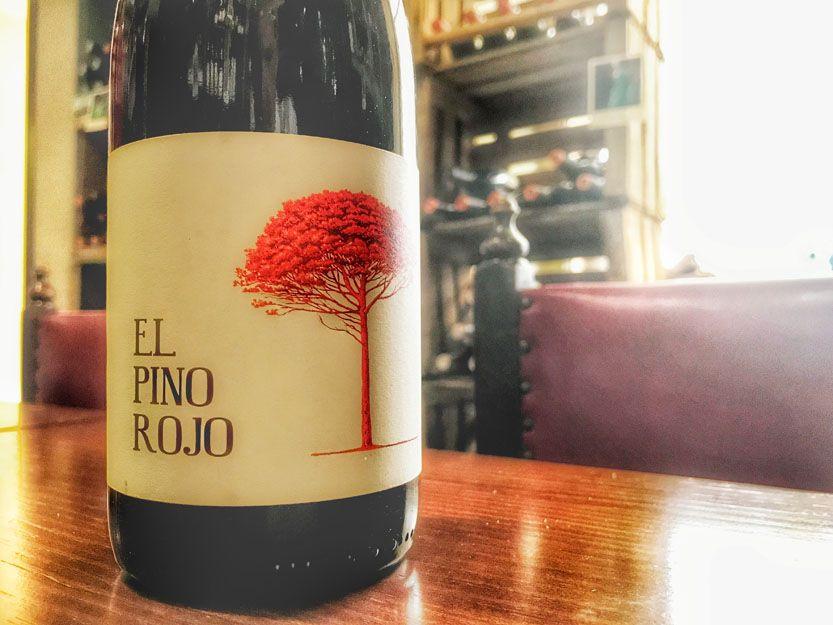 Vino El Pino rojo en nuestro restaurante argentino en Málaga