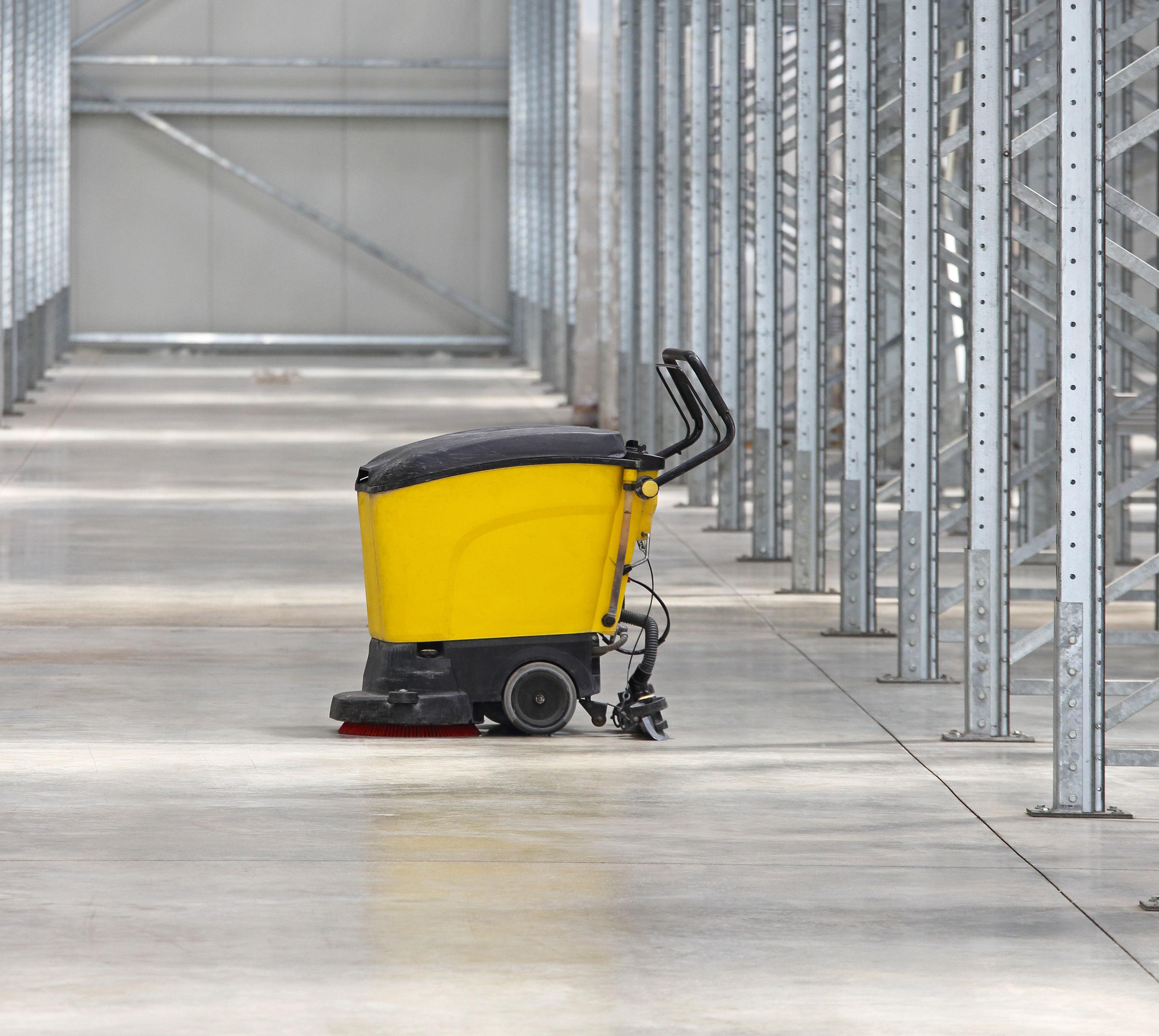 Limpieza de escaleras y patios: Servicios de 2007 Robenska