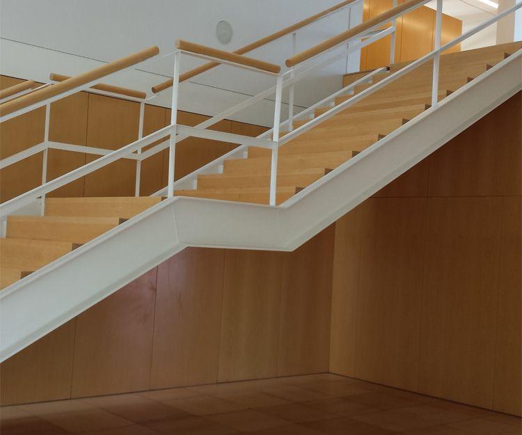 Construcción de escaleras para edificios