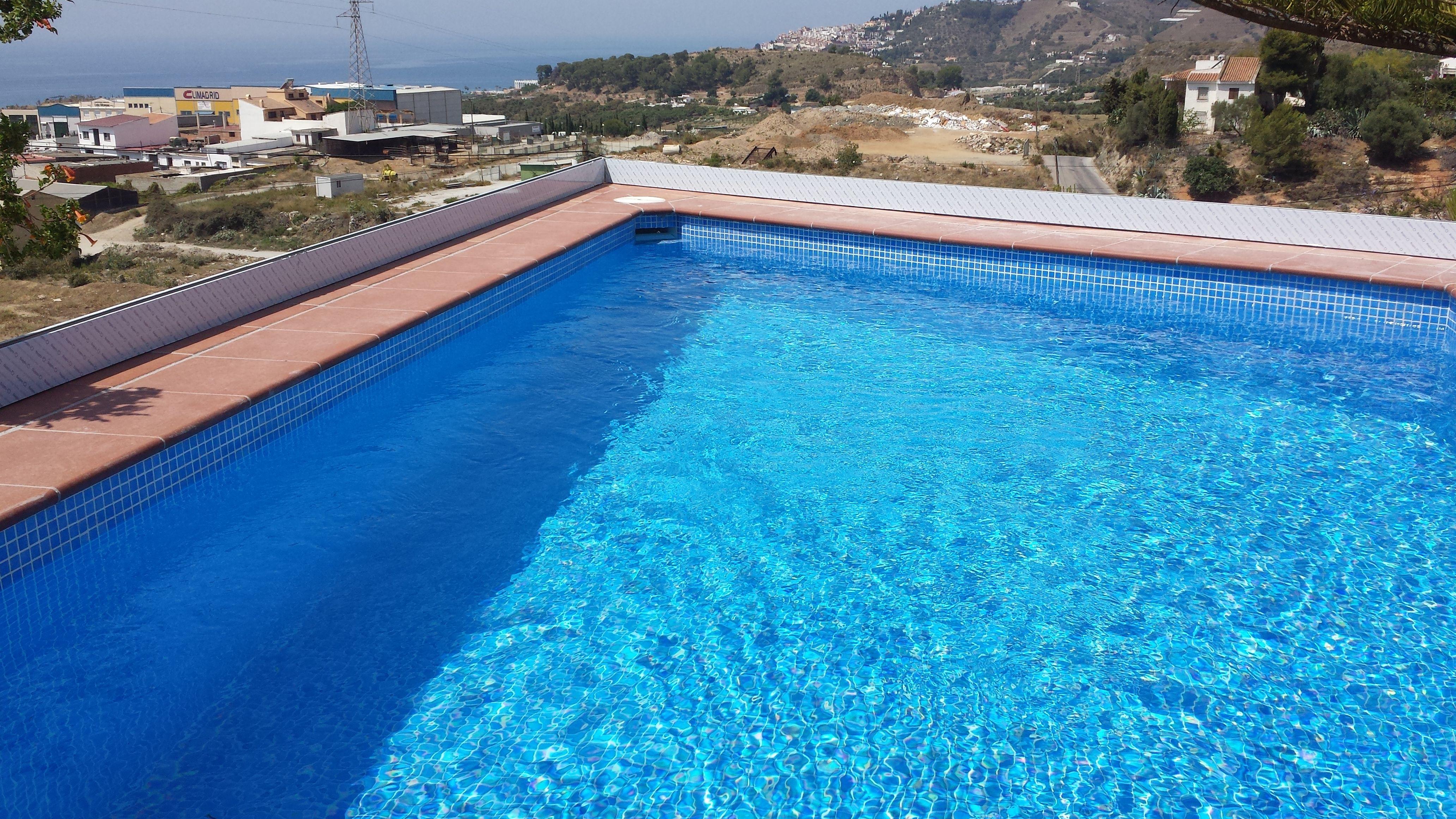 Construcción de piscinas: Servicios de Sat Feracre