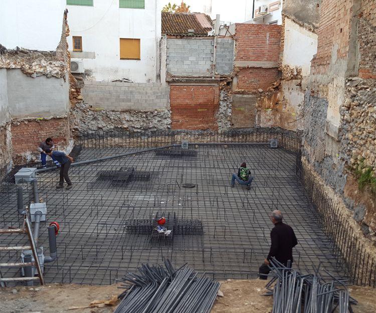 Profesionales en construcción de edificios