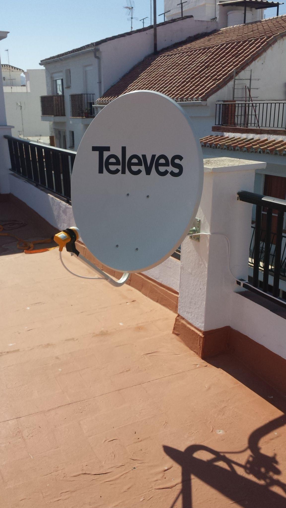 Telecomunicaciones: antenas: Servicios de Sat Feracre
