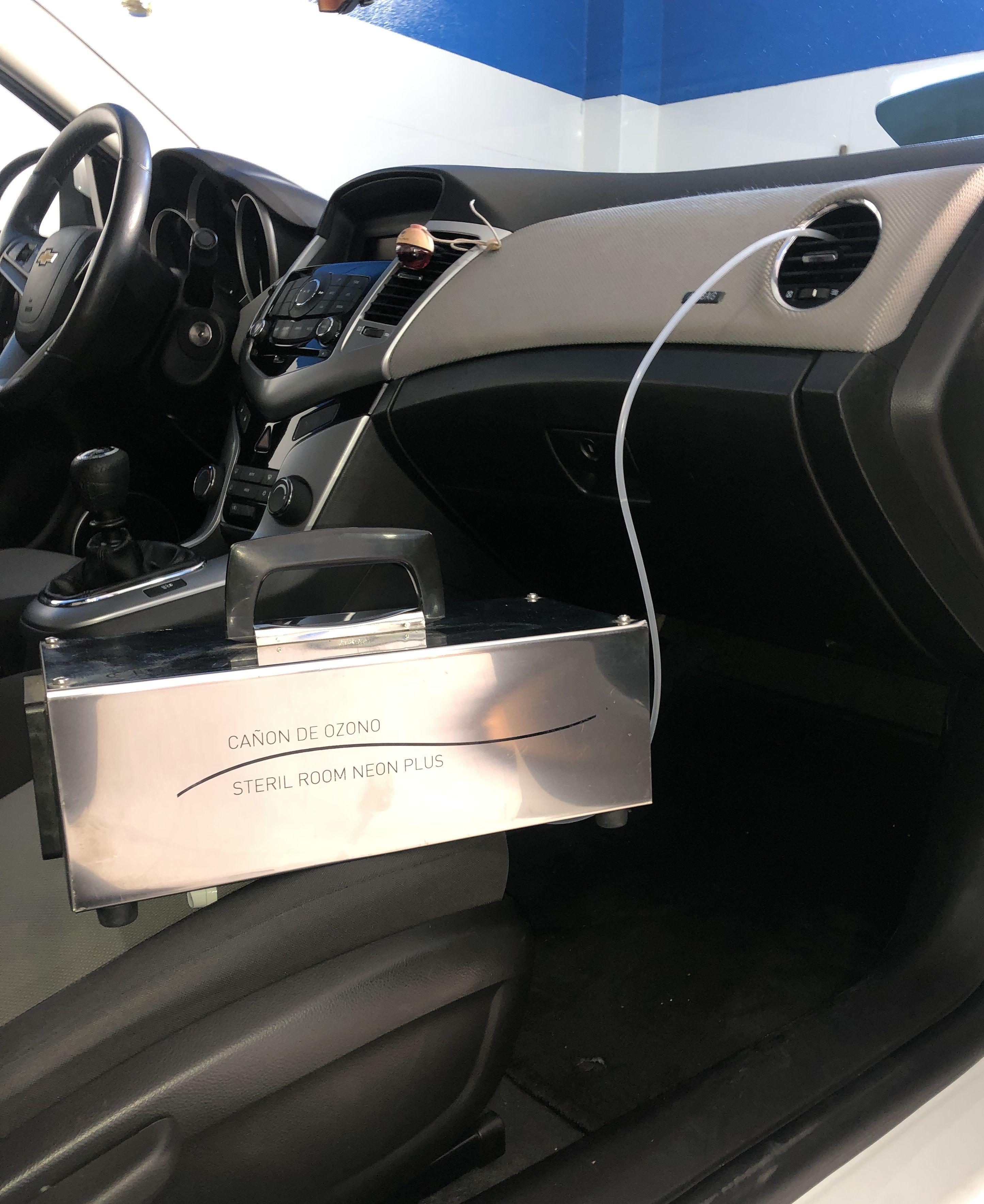 Oferta Tratamiento de ozono + lavado 35€: Servicios de Car Wash Alcorcón 1
