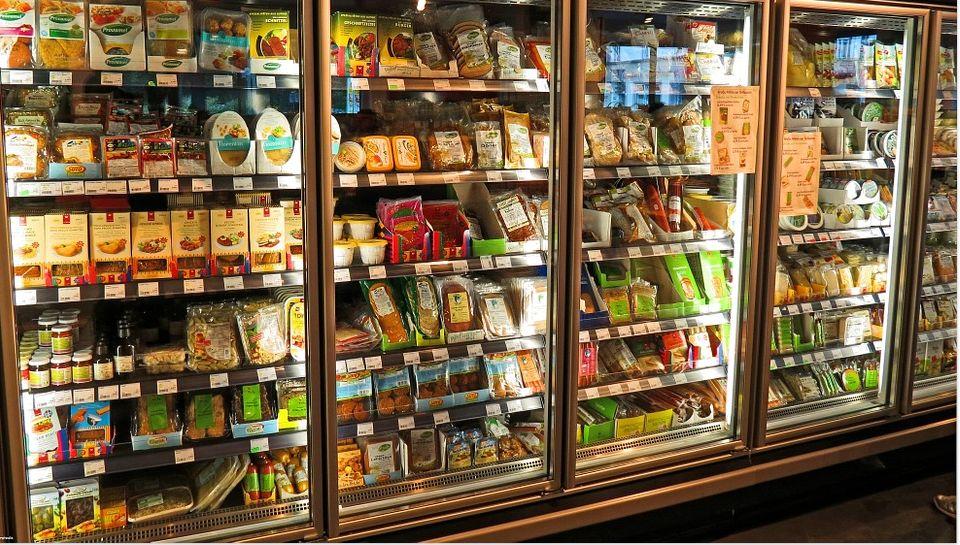 Tienda de alimentación en Almansa