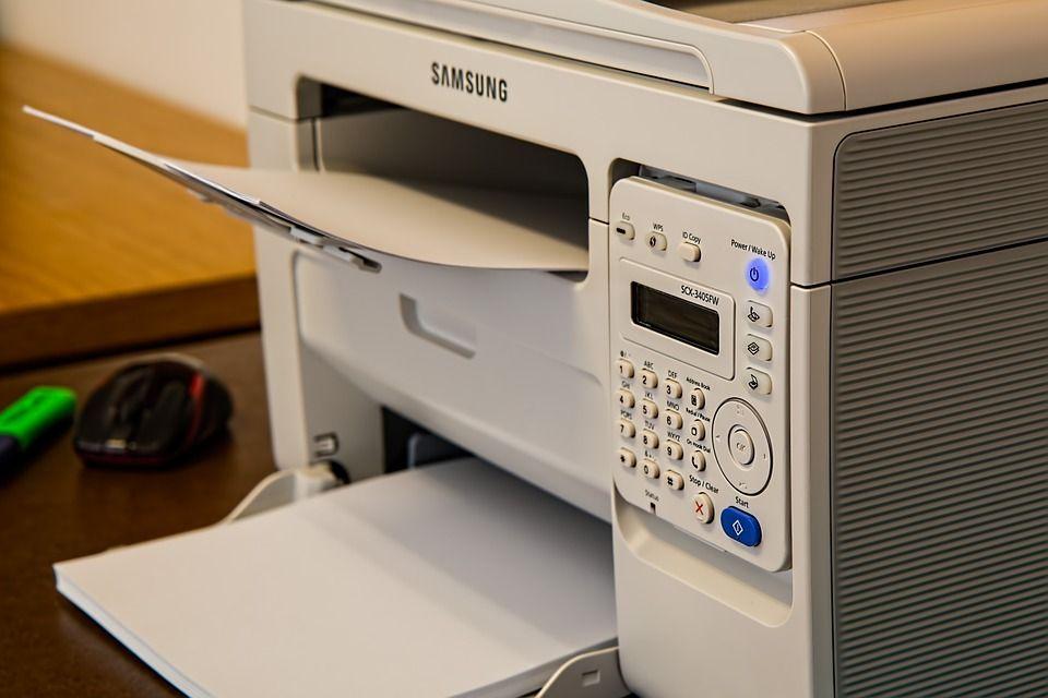 Reciben y envían fax: Productos de Euro 100