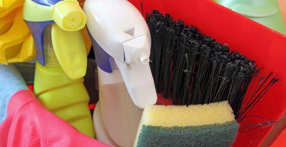 Productos de droguería y limpieza en Almansa
