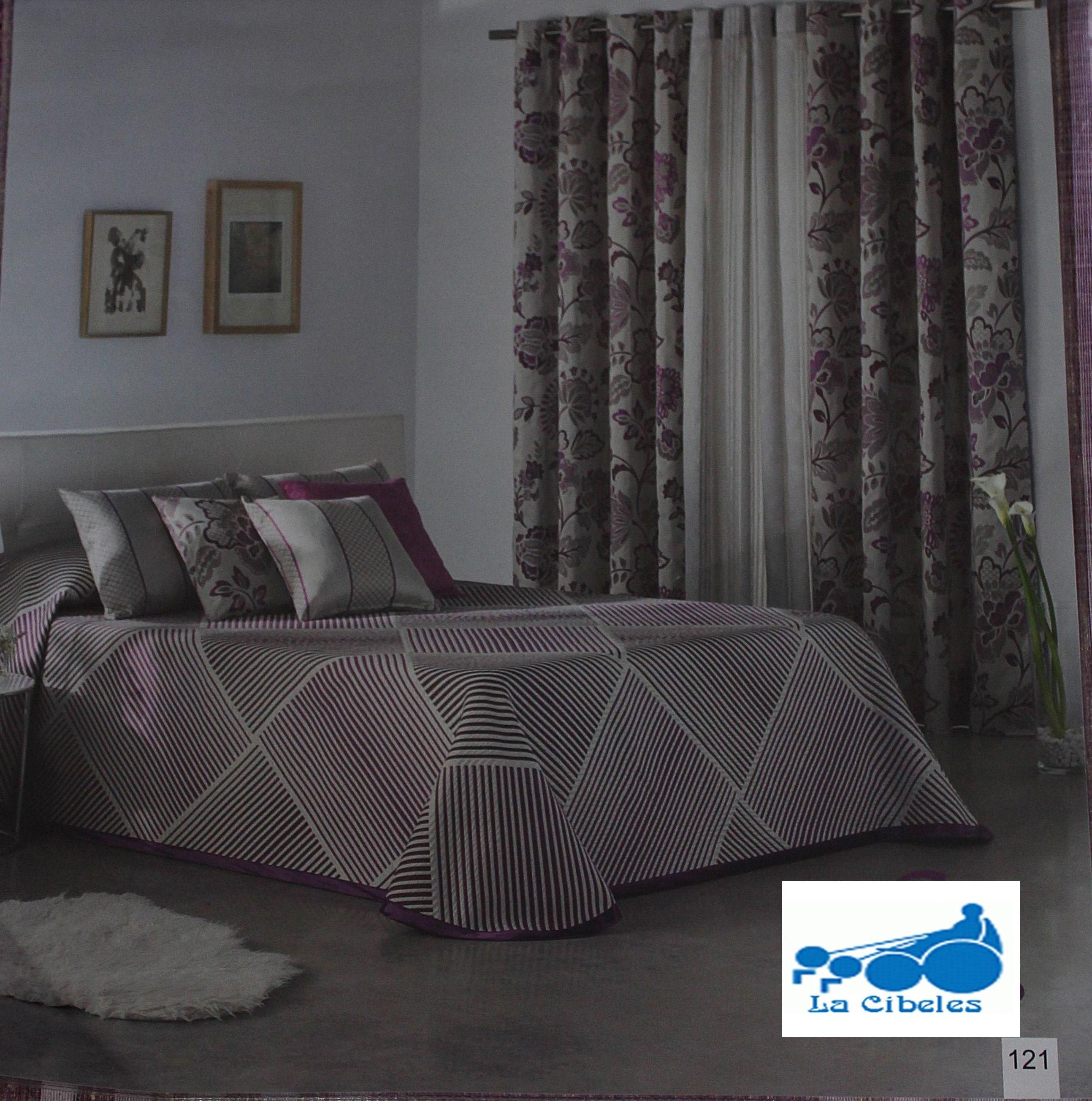 Estampados sofás, salas de estar, dormitorios. Confección de cortinas Tres Cantos.