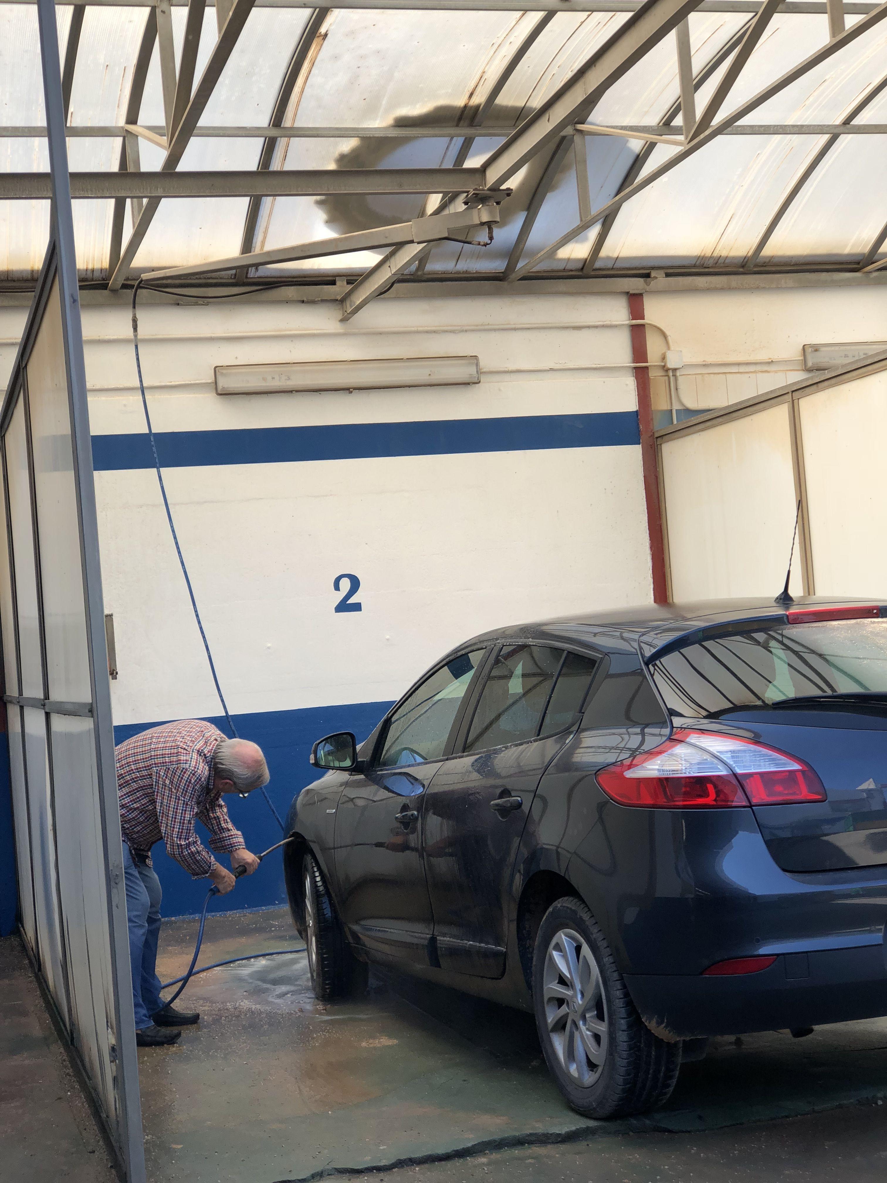 Servicio de lavado de vehículos