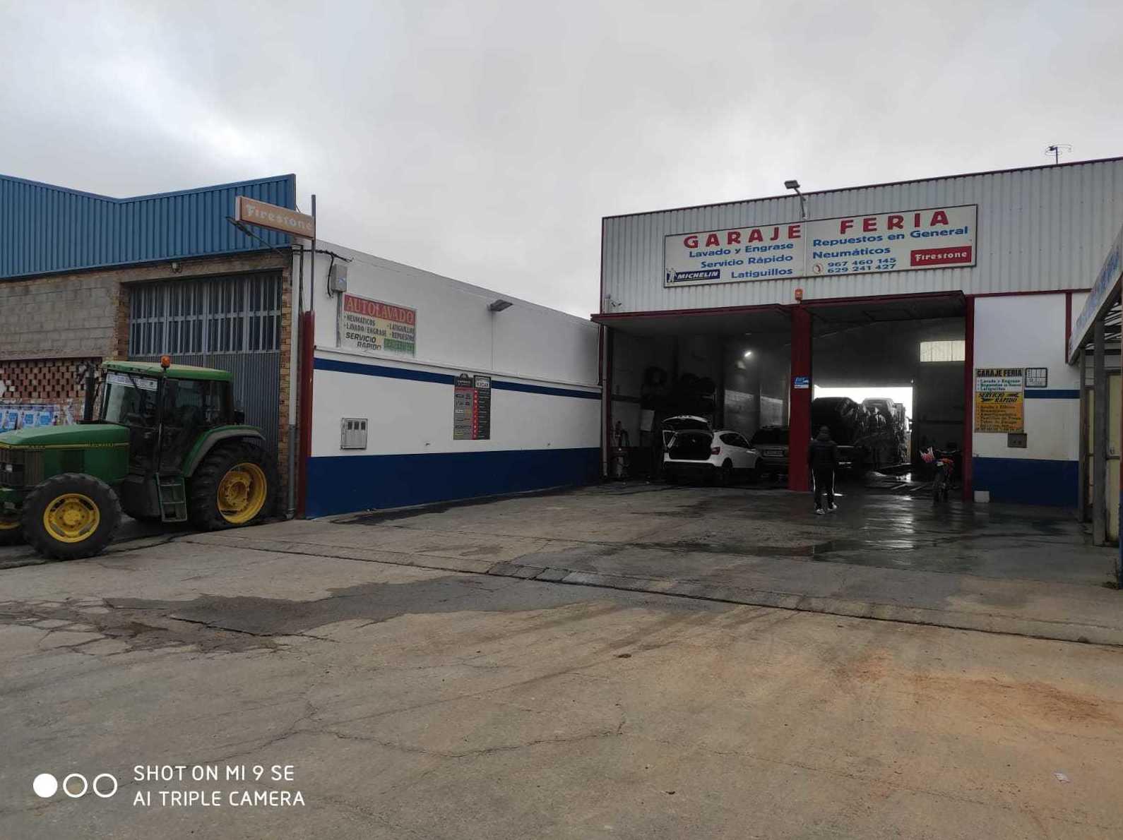 Foto 2 de Lavado y engrase en Casas-Ibáñez | Garaje Feria