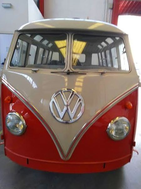 VW T1 : Servicios of AM Factory Cars