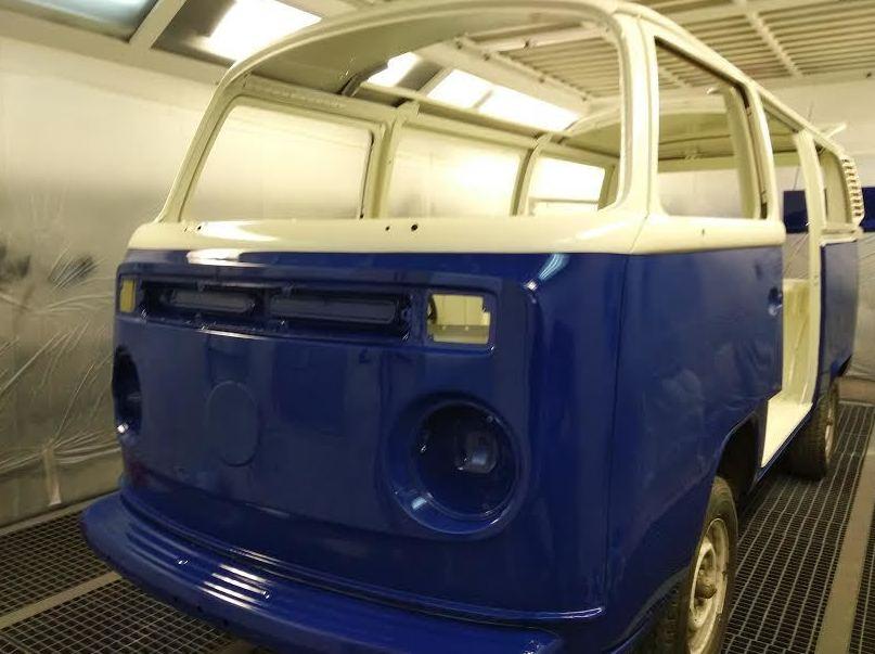 VW T2 CAMBIO COLOR AZUL Y BEIGE.