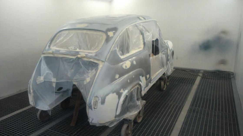 restauración de coche 600 Madrid