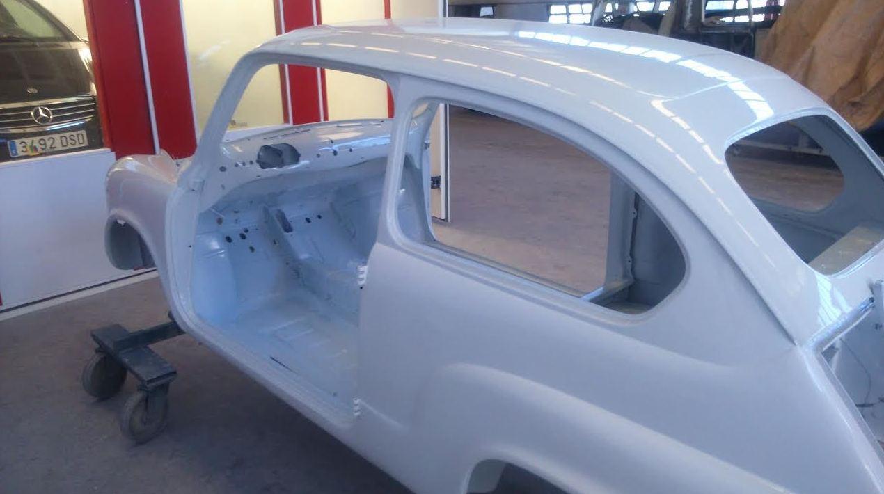 Pintura y restauración de vehículos antiguos