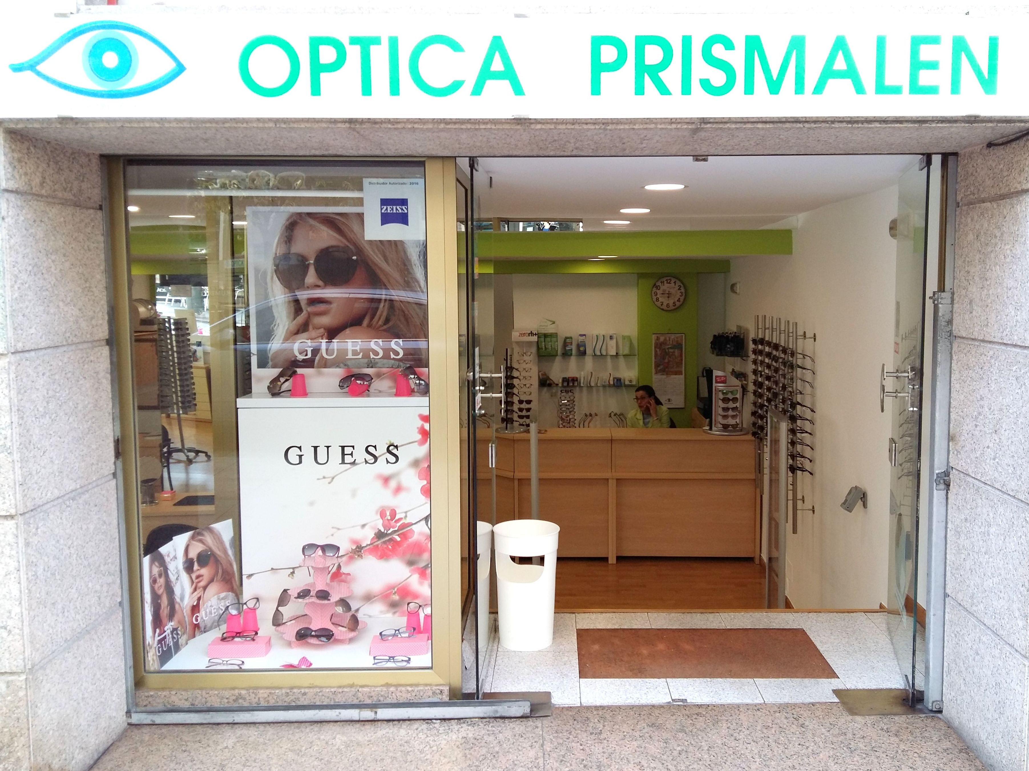 Foto 1 de Ópticas en Vigo | ÓPTICA PRISMALEN             Nº reg. sanitario: E-36-000 230