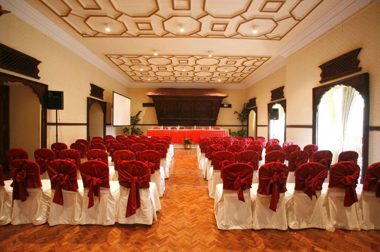 Alquiler de sillas y mesas para eventos