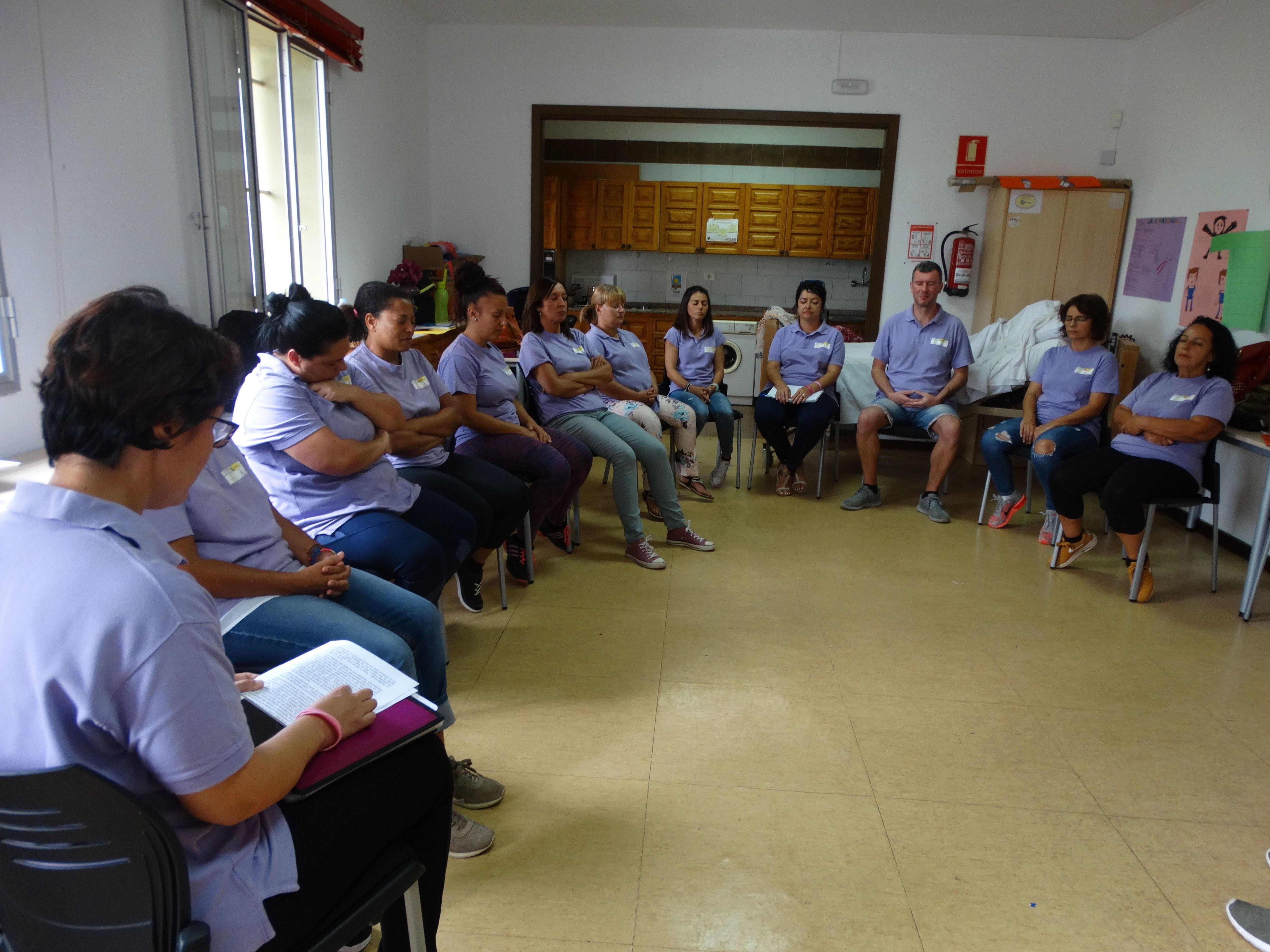 Sesiones de relajación: Proyectos y Servicios de Asociación Domitila