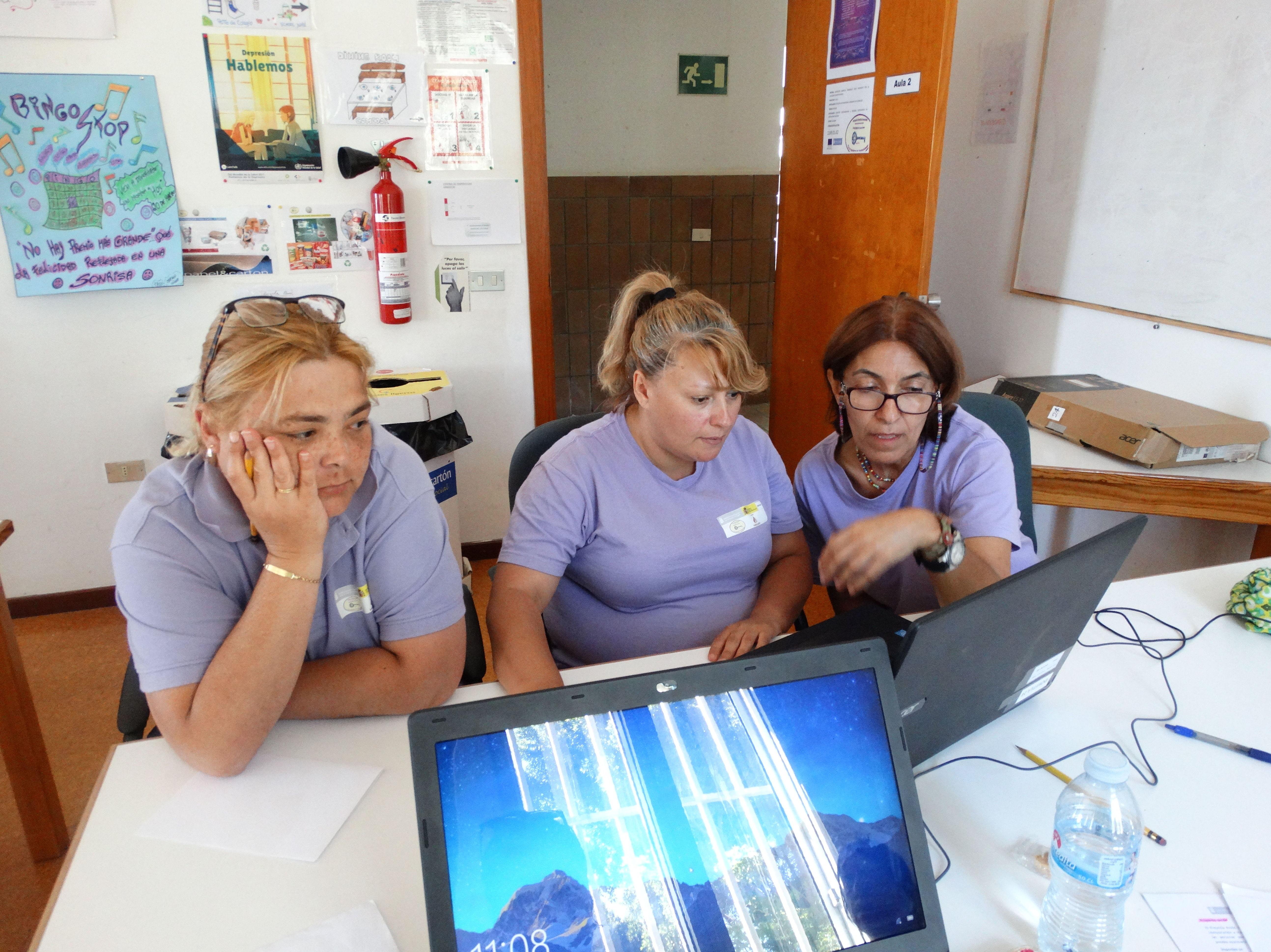 Intervención con familias de personas con discapacidad: Proyectos y Servicios de Asociación Domitila