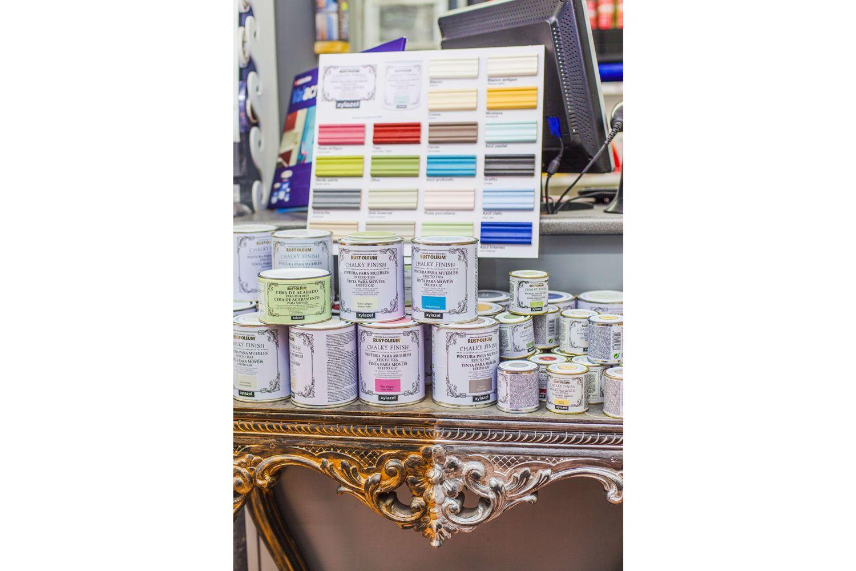 Barnices de distintos colores para dar un nuevo look a tus muebles