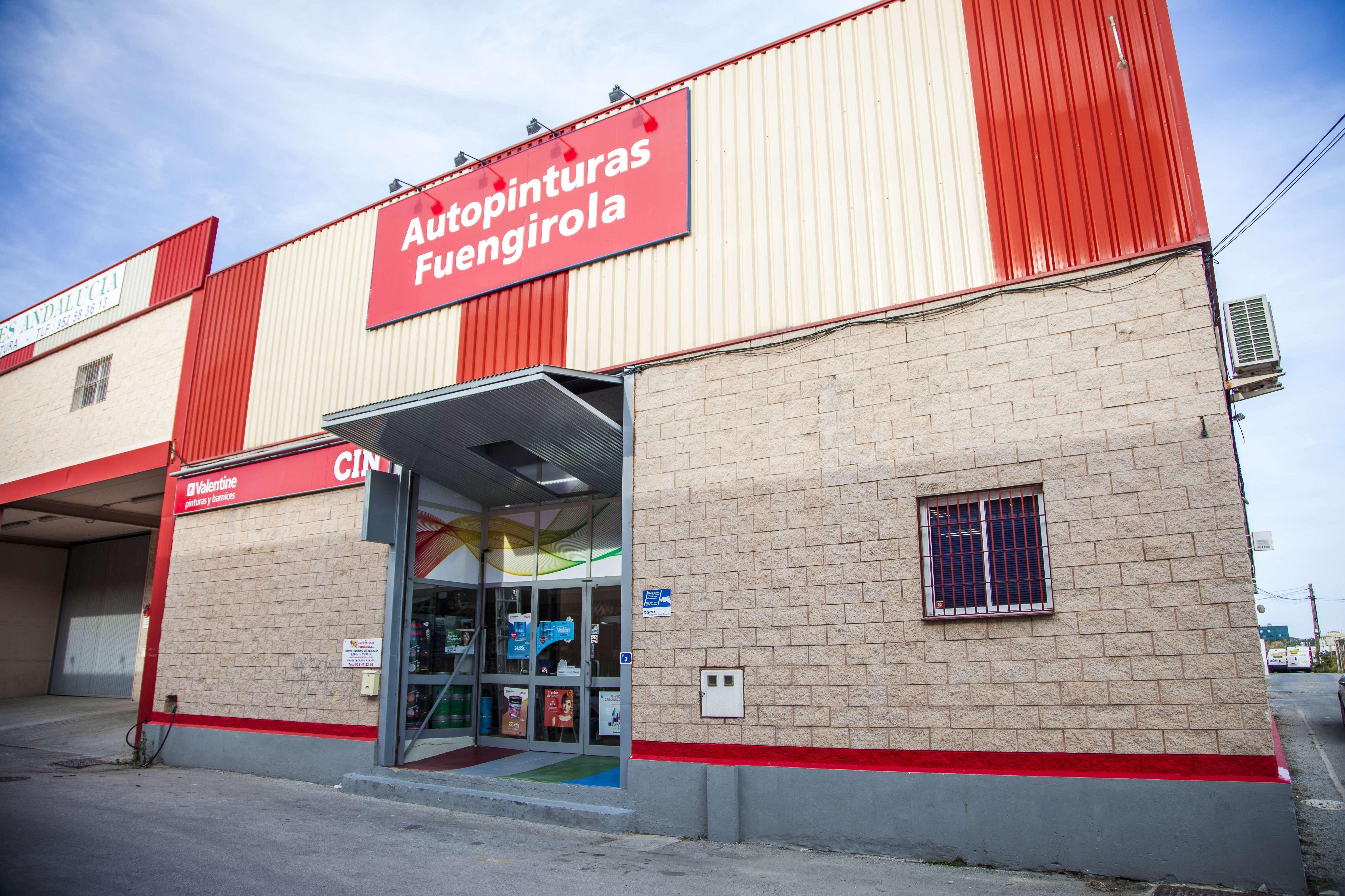 Foto 1 de Venta de material de pintura para todo tipo de superficies en  | Autopinturas Fuengirola