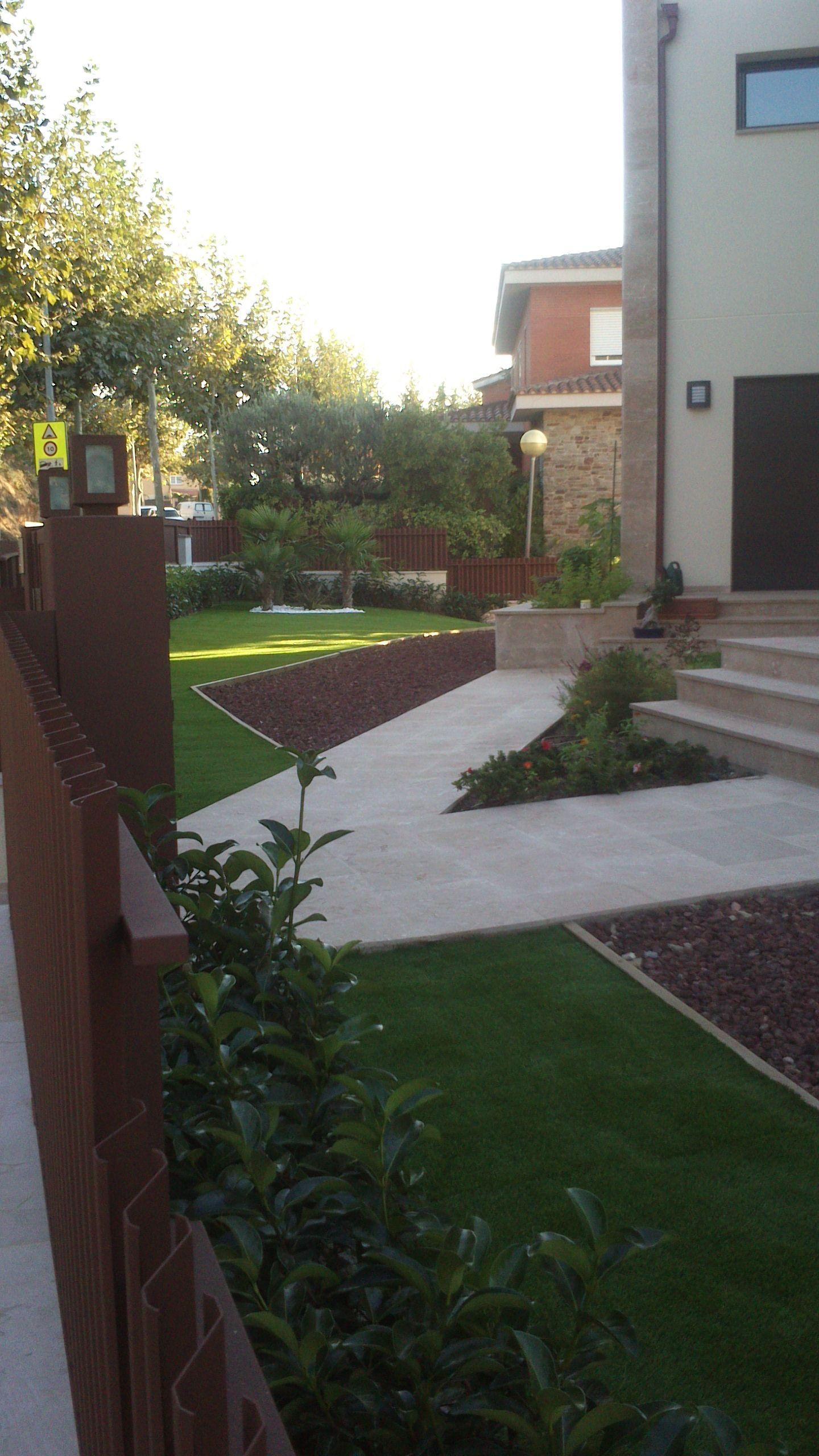 Foto 49 de Diseño y mantenimiento de jardines en Olesa de Montserrat | Jardiart