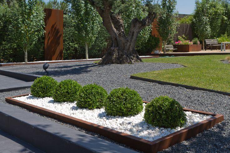 Foto 15 de Diseño y mantenimiento de jardines en Olesa de Montserrat | Jardiart