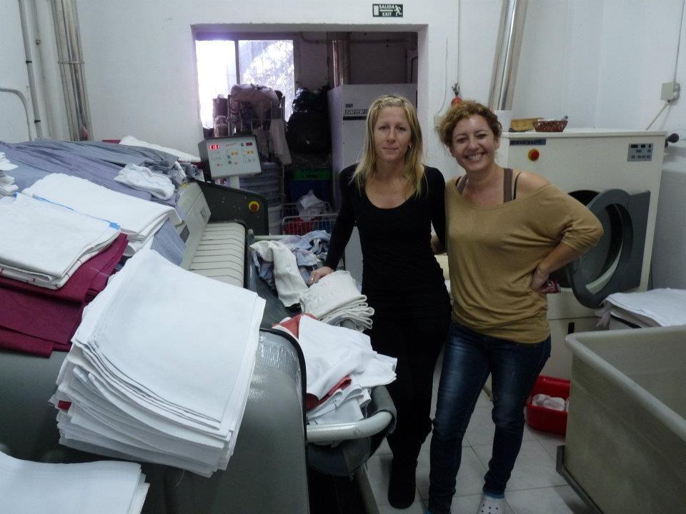 Foto 5 de Tintorerías y lavanderías en Marbella | Lavandería Tintorería Lavylisto