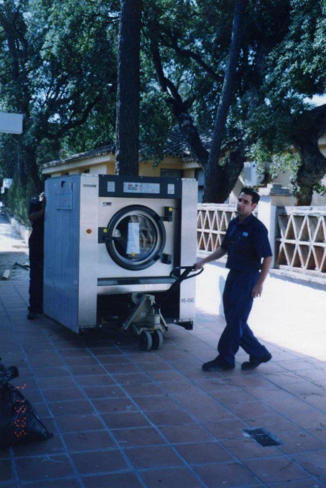 Servicios de lavandería y tintorería a domicilio en Marbella