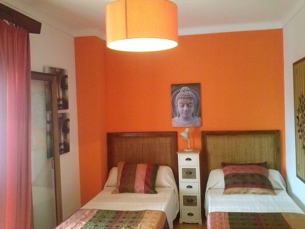 Dormitorio equipado con dos camas Villa II