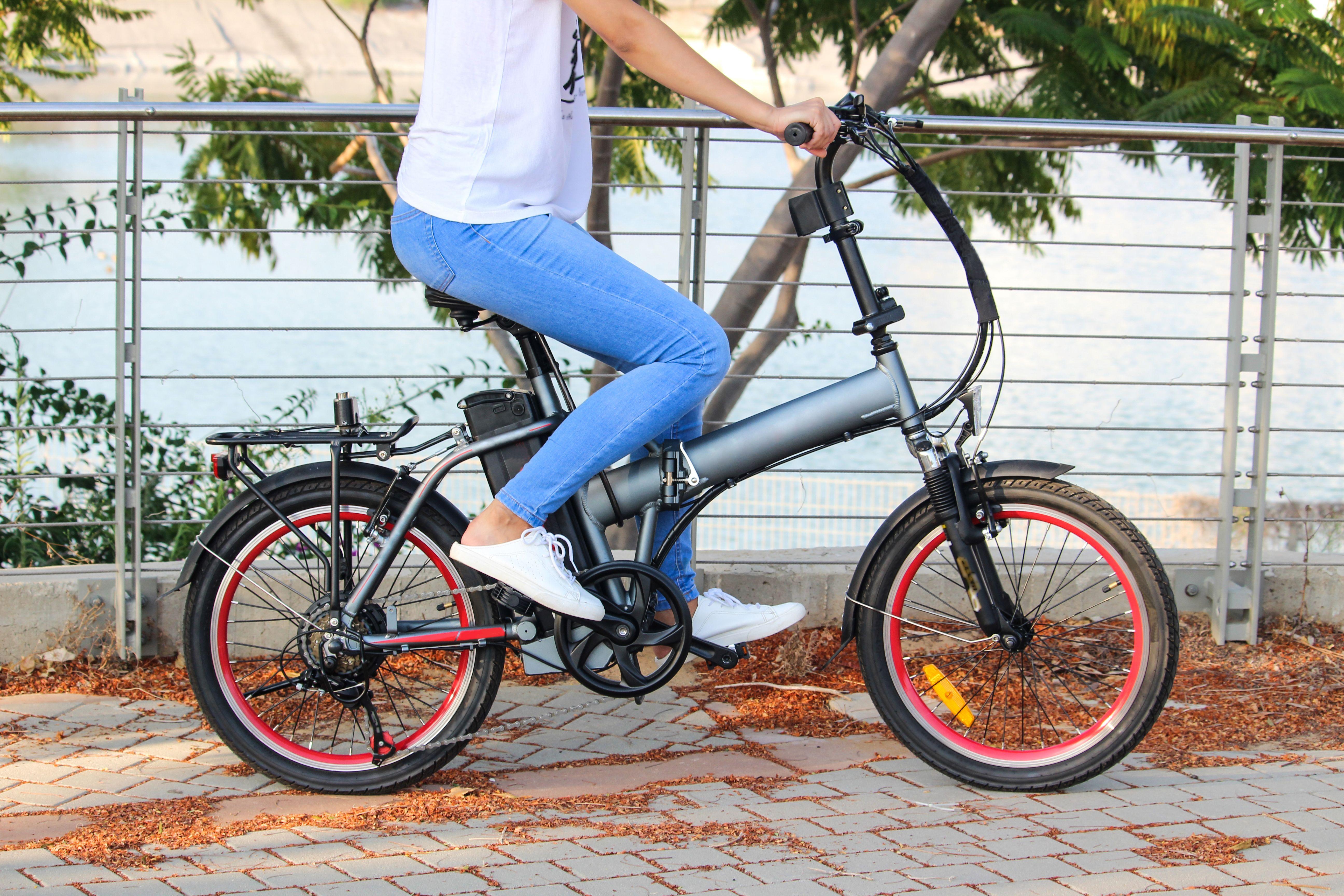 Empresa de alquiler de bicicletas eléctricas