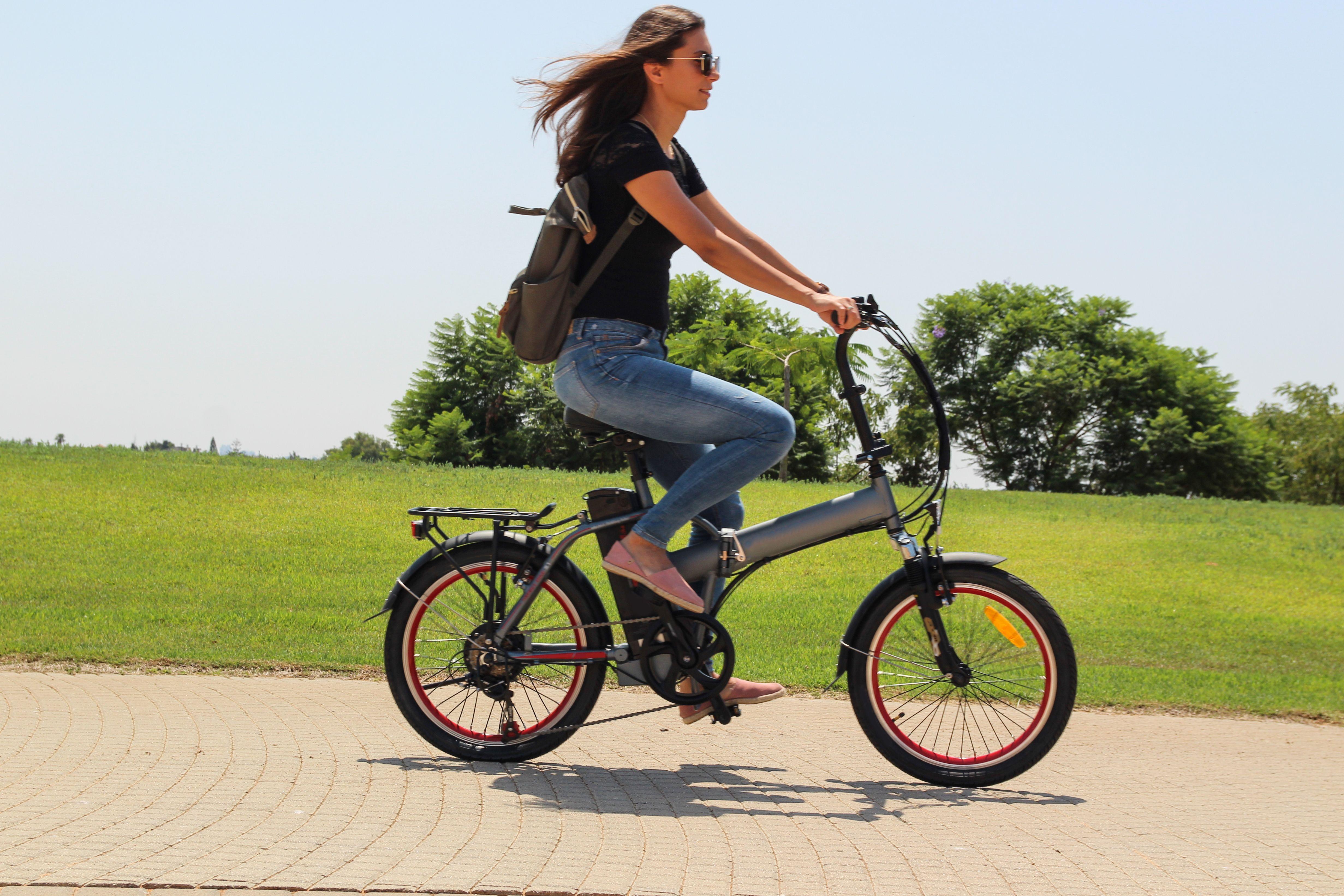 Alquila tu bicicleta eléctrica en Al Rent