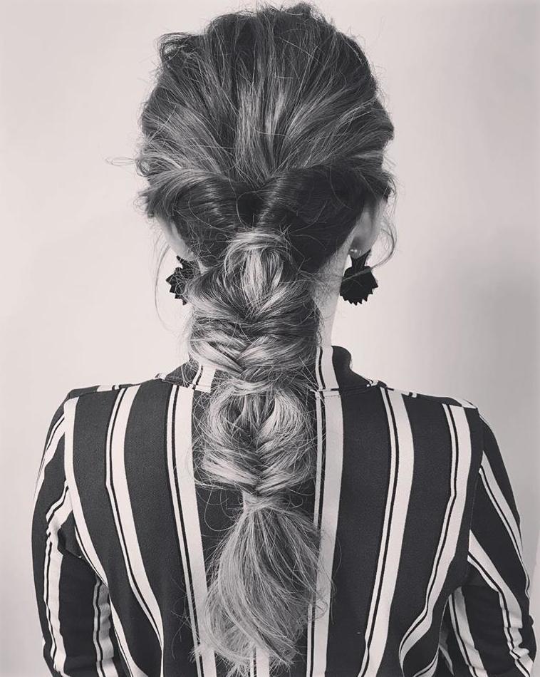Recogido informal para un estilo espectacular. Buble braid
