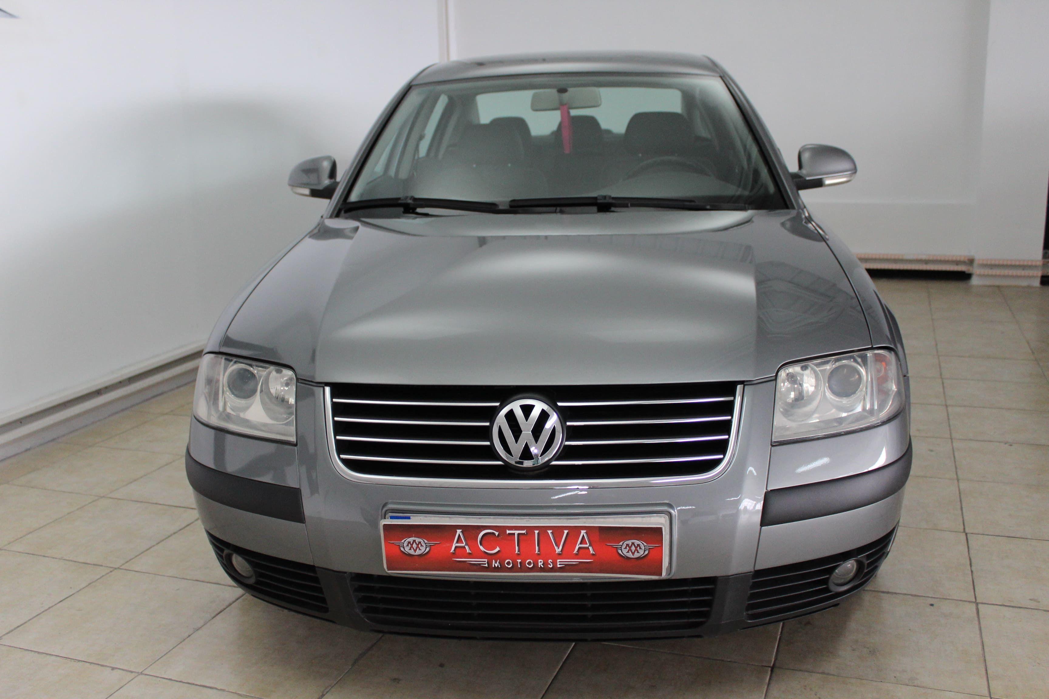 Volkswagen Passat 1.9 TDi Edition 130CV 4p: Nuestros Vehículos de Activa Motors