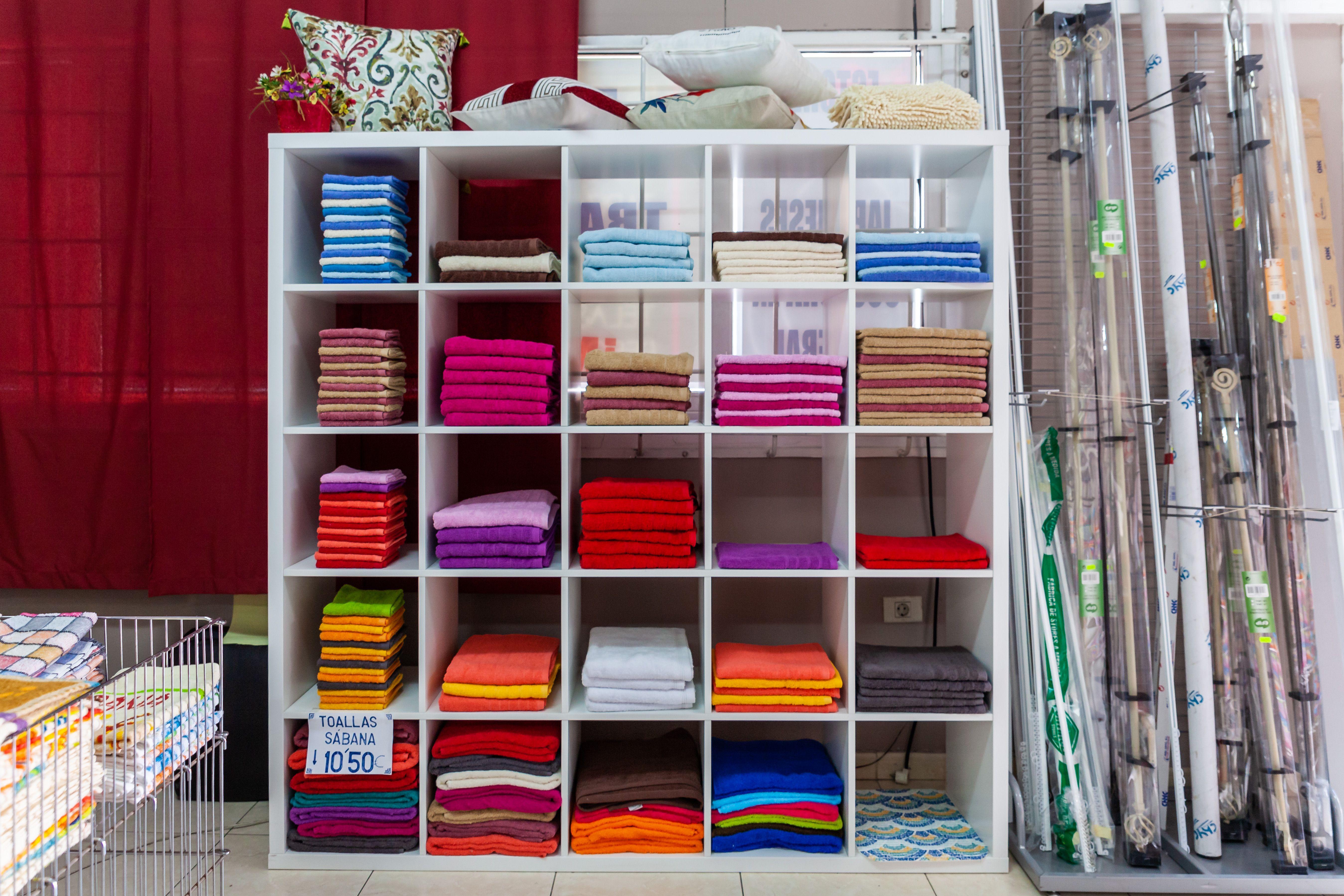 Expositor toallas Orquídea Hogar