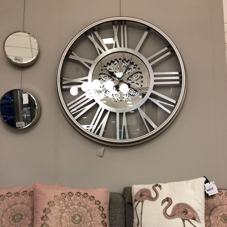 Todo para la decoración de tu hogar en Muebles Angelita Horcas