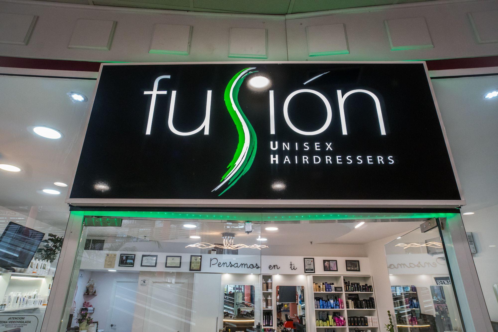 Foto 1 de Peluquería unisex con tratamientos capilares de excelente calidad en Maspalomas | Fusión Unisex Hairdressers