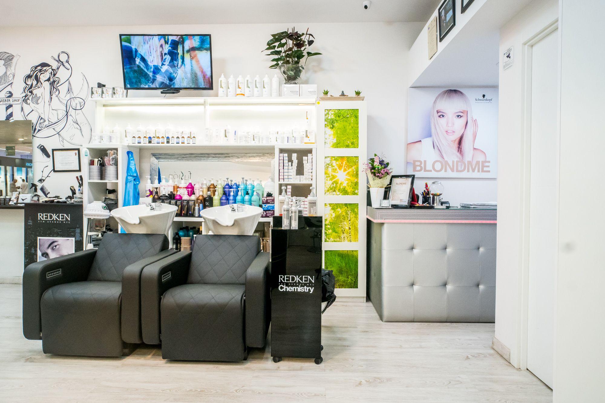 Foto 7 de Peluquería unisex con tratamientos capilares de excelente calidad en Maspalomas | Fusión Unisex Hairdressers