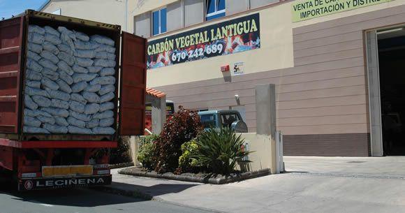 Distribuidores de carbón vegetal para hostelería
