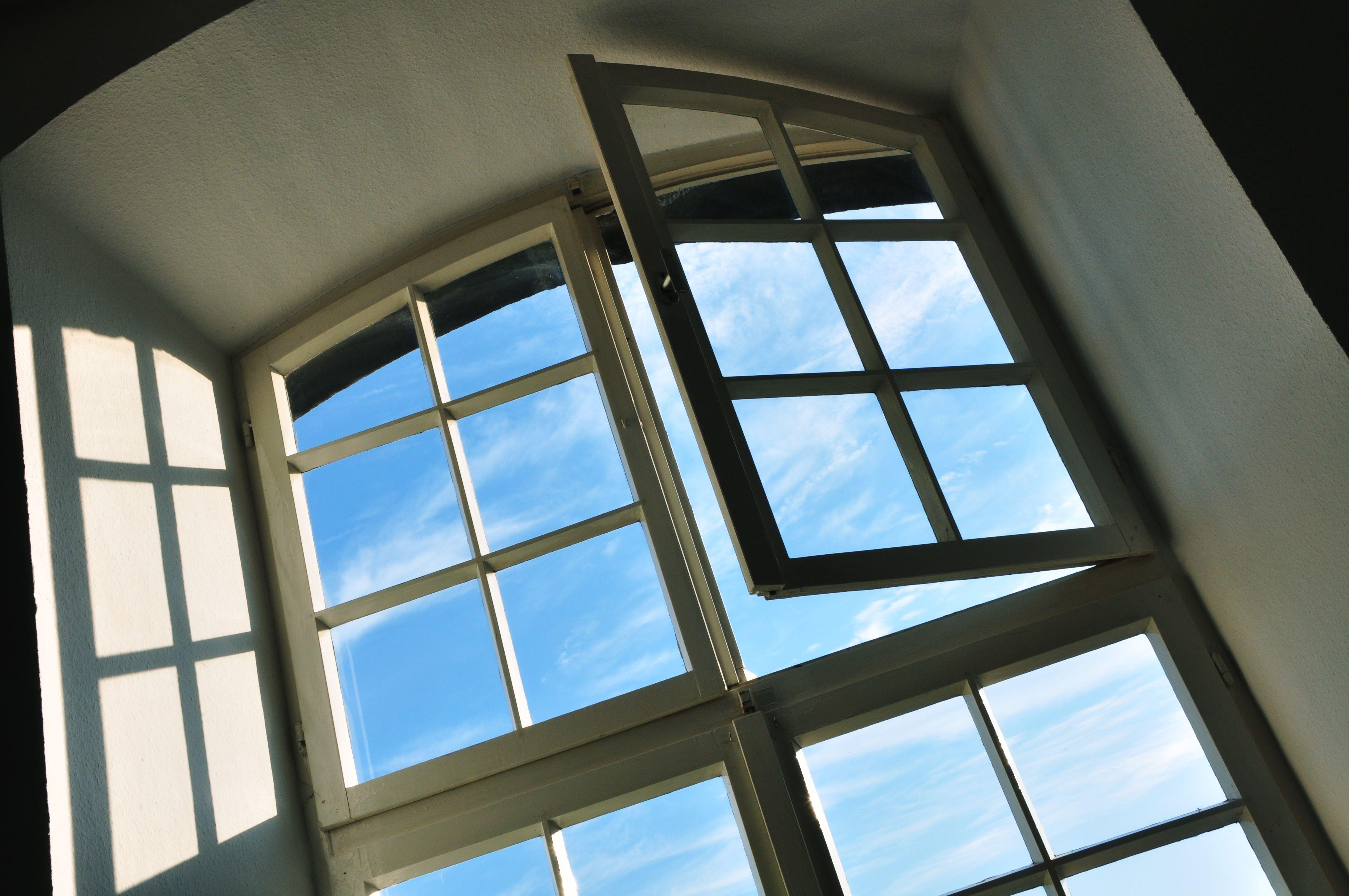 Foto 34 de Carpintería de aluminio, metálica y PVC en A Coruña | Mahía