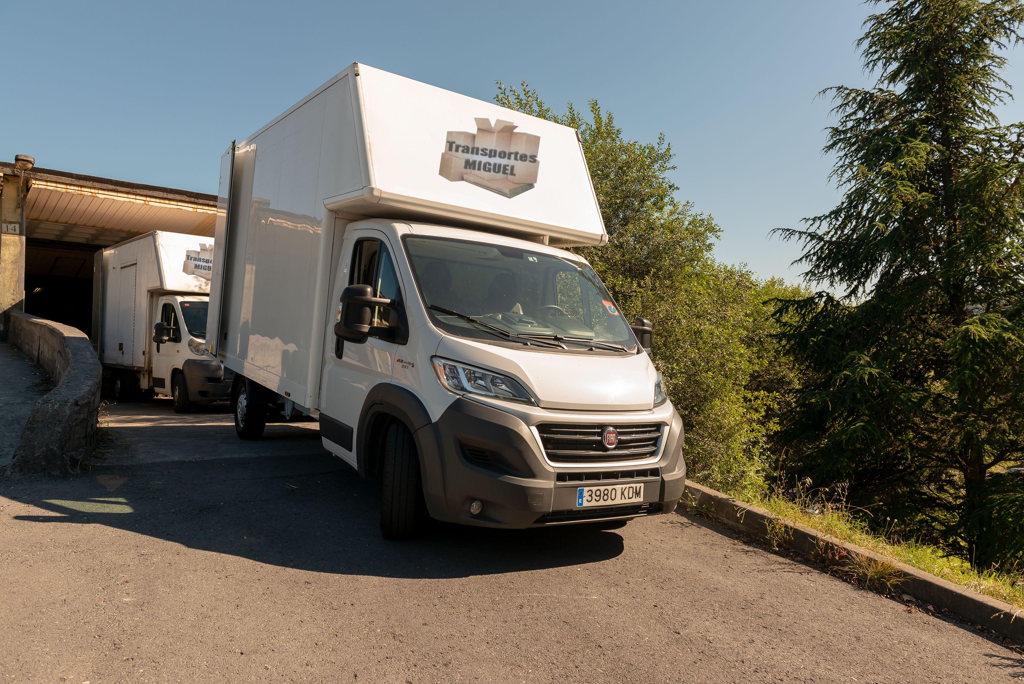 Portes nacionales e internacionales por carretera en Arrigorriaga