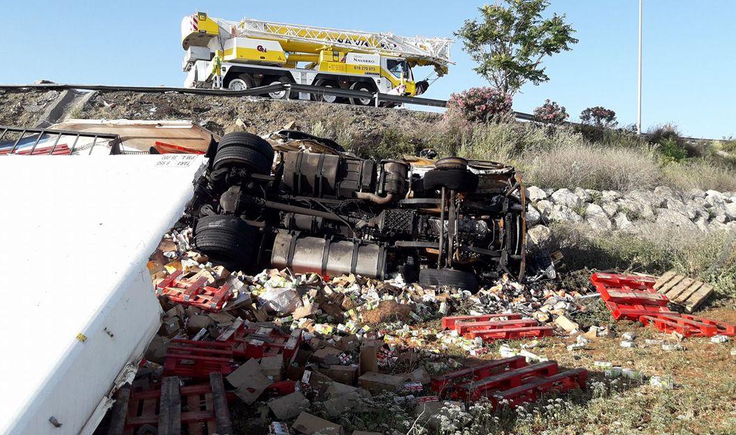Grúas para rescates de camiones en Málaga