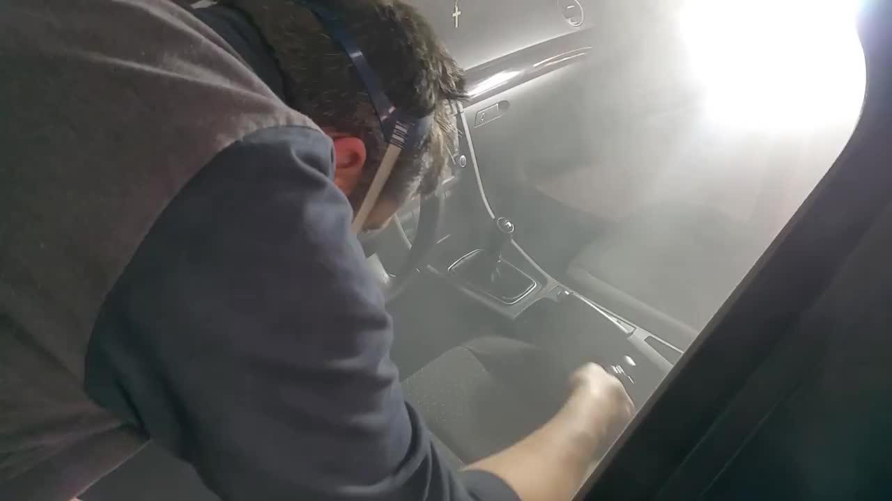 Limpieza de tapicería de coches: Servicios de Talleres LGA }}