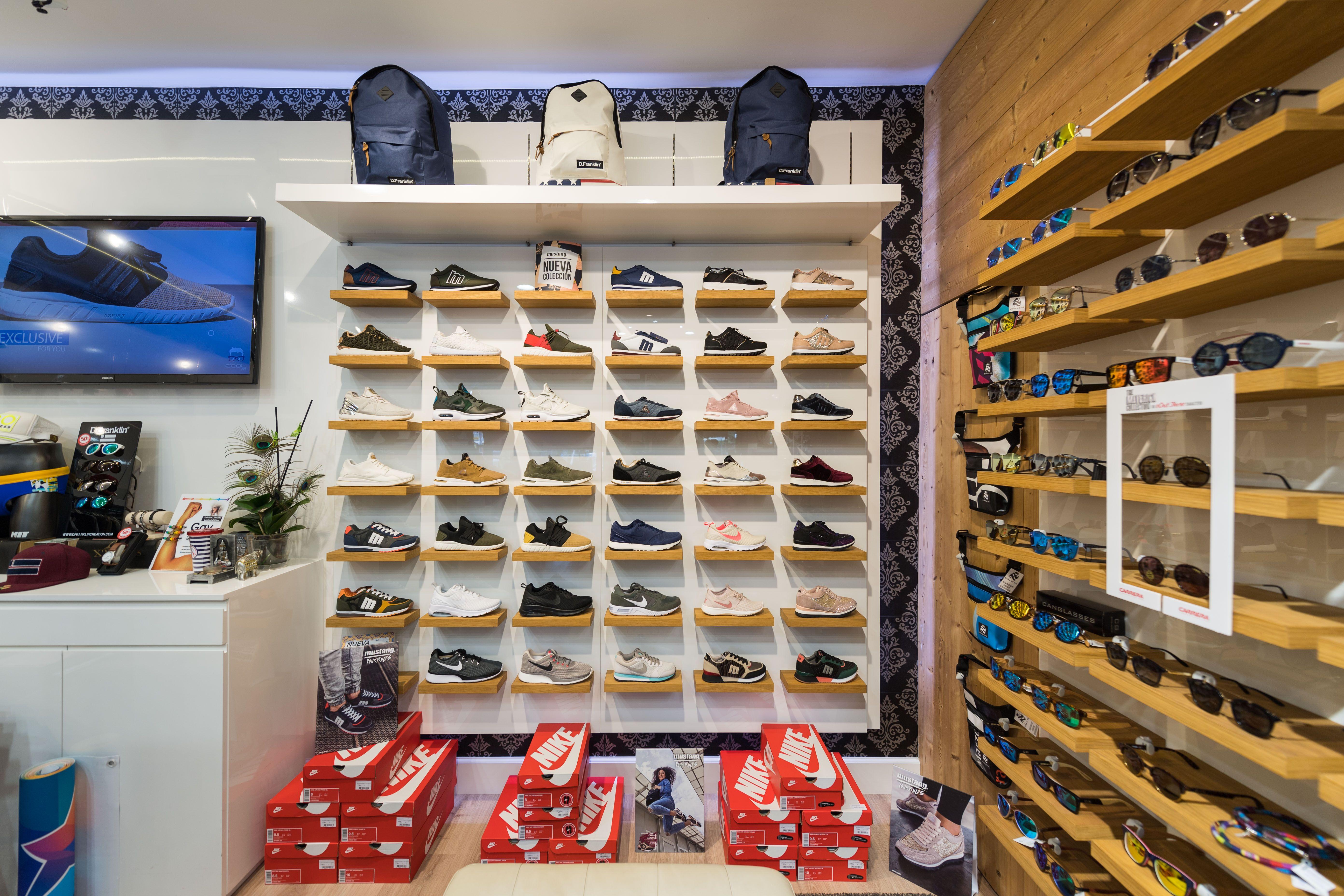 Zapatillas y complementos en Las Palmas de Gran Canaria