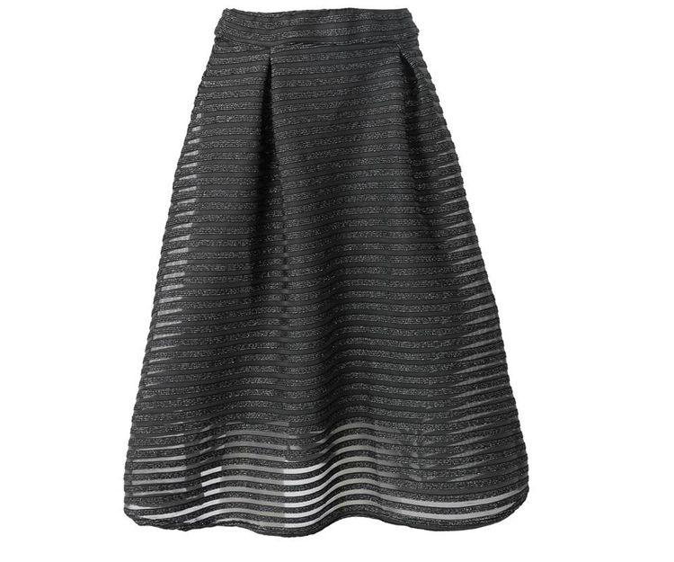 Falda negra básica