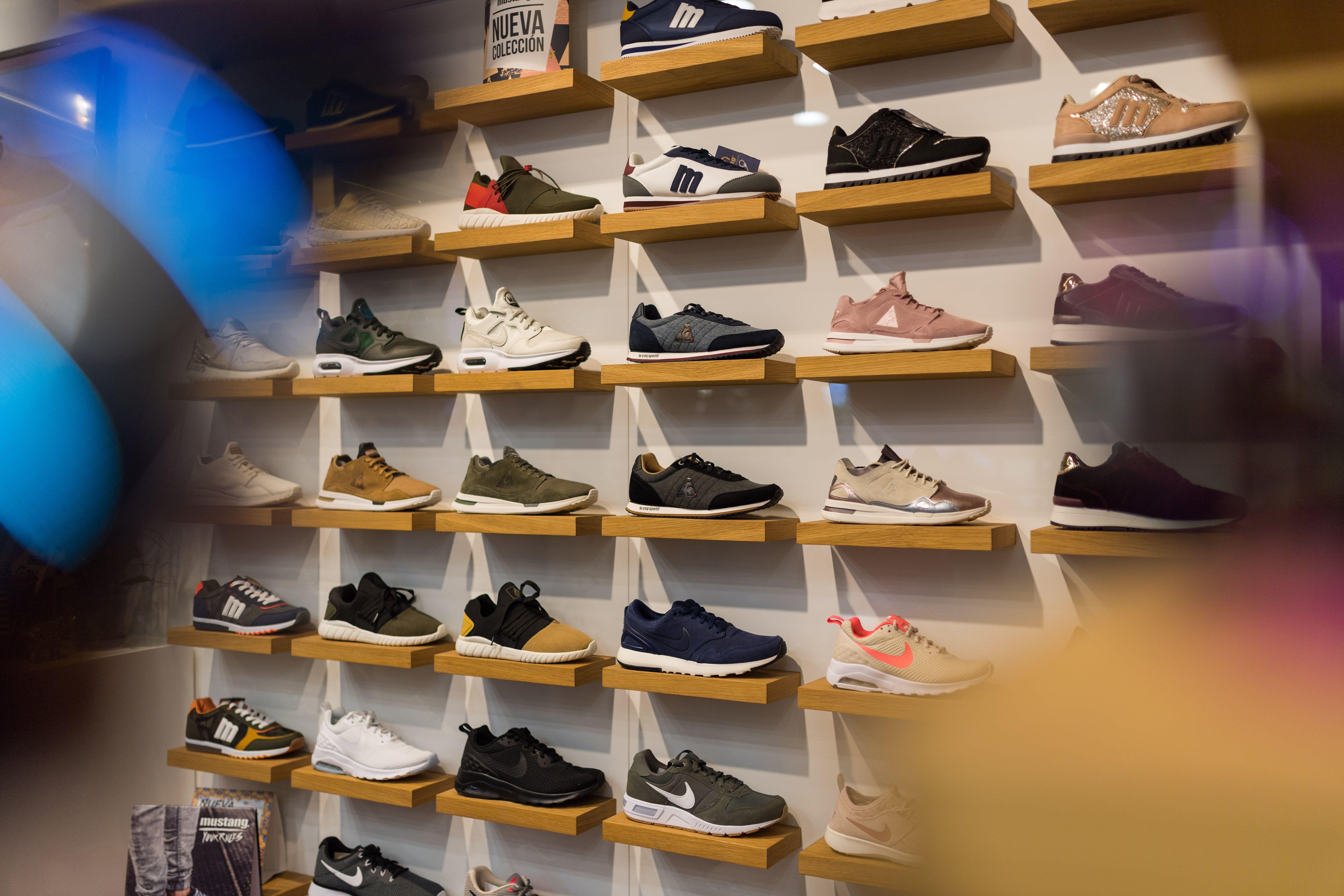 Zapatillas de deportes a buen precio en Las Palmas de Gran Canaria